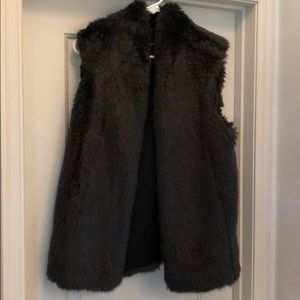 Club Monaco Faux Fur Women's Vest- Blue-Gray
